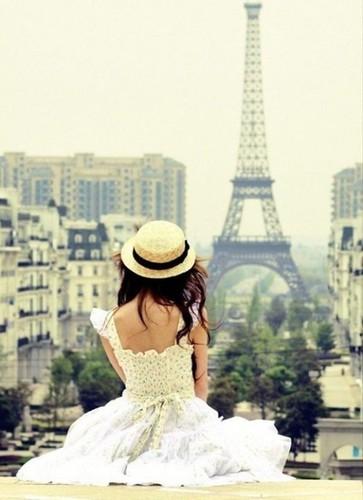 cute,girl,hair,hat,inparis,paris-a394081a4949f15d7a937927a6ec2ddc_h