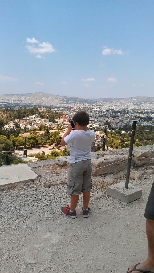Taking a pic from top of Acropolis