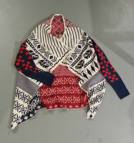 Red White Blue sweater Bow and Arrow Front