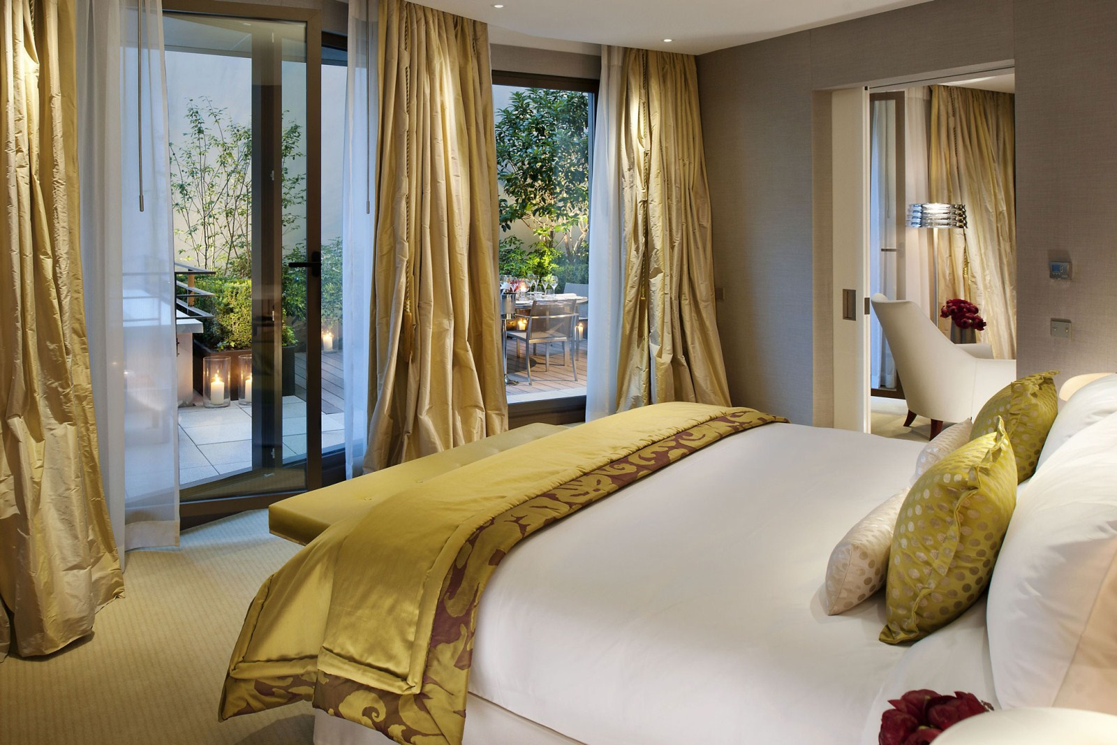hotels-resorts-beautiful-luxurious-mandarin-oriental-paris-hotel-interior-design-in-french-white-bed-with-yellow-blanket-in-gold-bedroom-theme_f9618