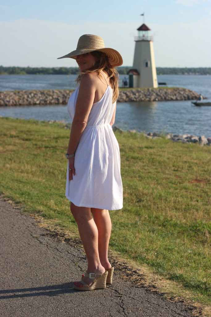 Target Hat White Dress Island Dressing 2