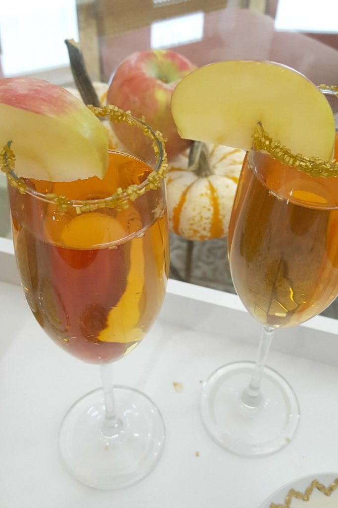 Fuzzy Friday – Apple Cider Mimosa
