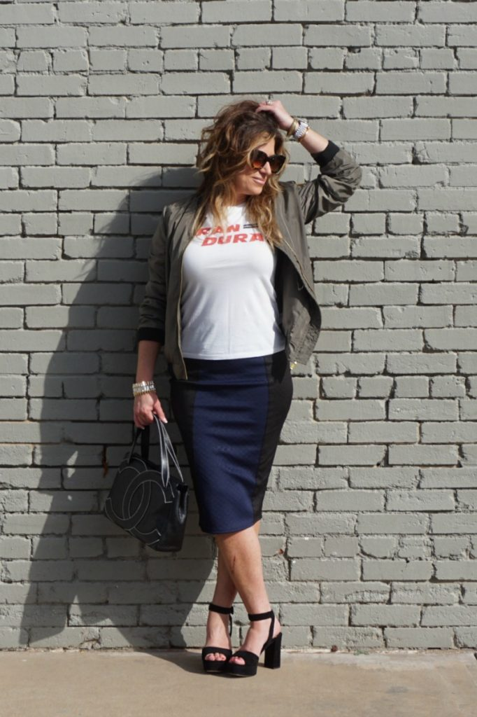 pencil-skirts-and-bomber-jackets-theoplife-2