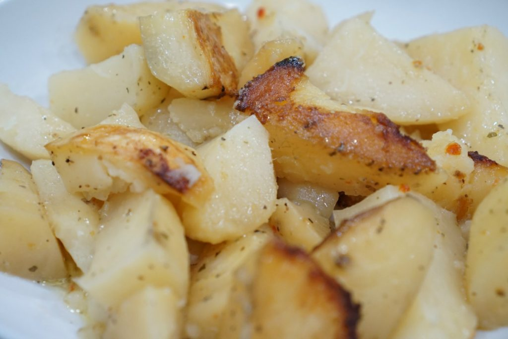 3-ingredient-crockpot-potatoes-theoplife-6