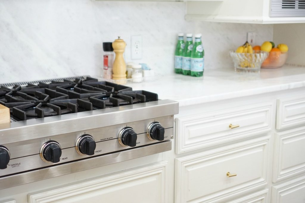kitchen-makeover-white-marble-theoplife-10