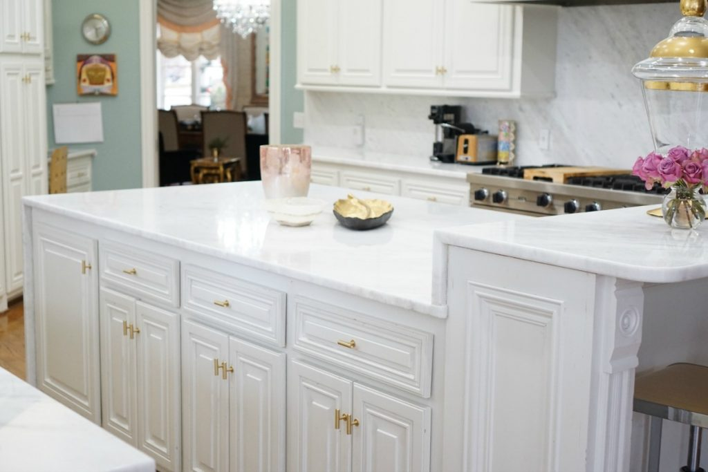kitchen-makeover-white-marble-theoplife-4
