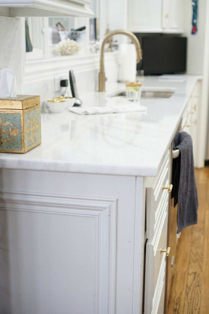 kitchen-makeover-white-marble-theoplife-6