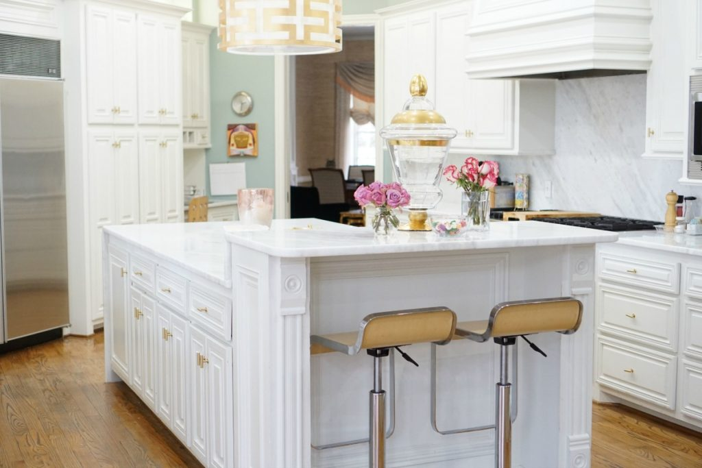 kitchen-makeover-white-marble-theoplife-8
