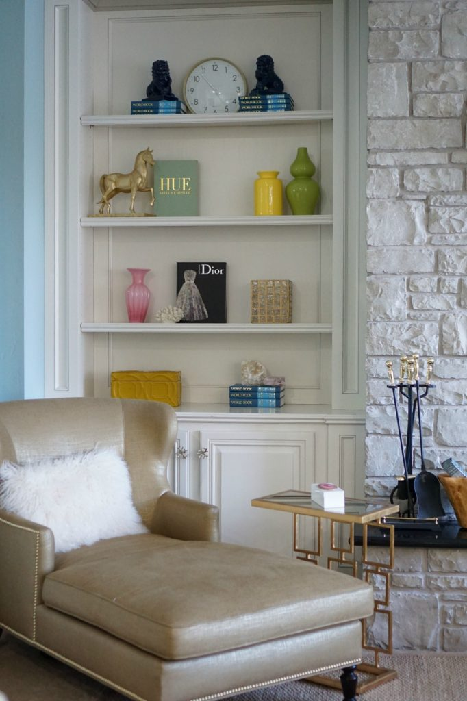 How To Style Your Shelfie
