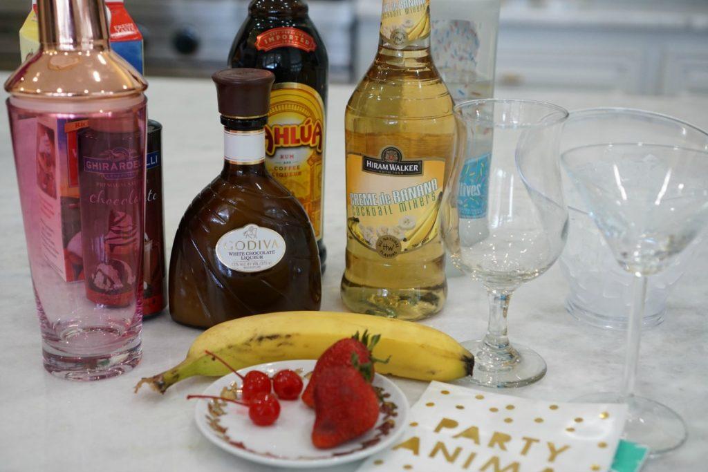 Fuzzy-Friday-Banana-Split-Cocktails-National-Banana-Split-Day-TheOPLife-1024x683.jpg