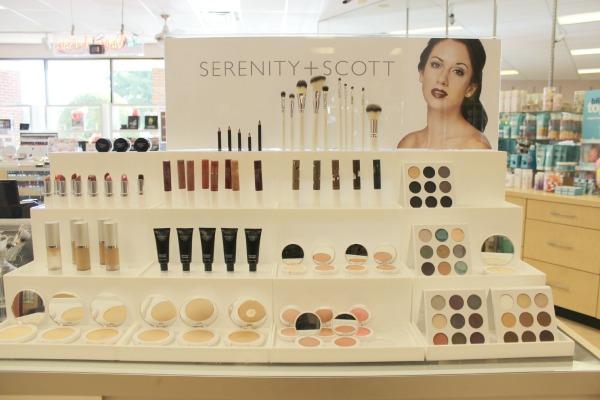 Serentiy Scott The MakeUp Bar The OP Life