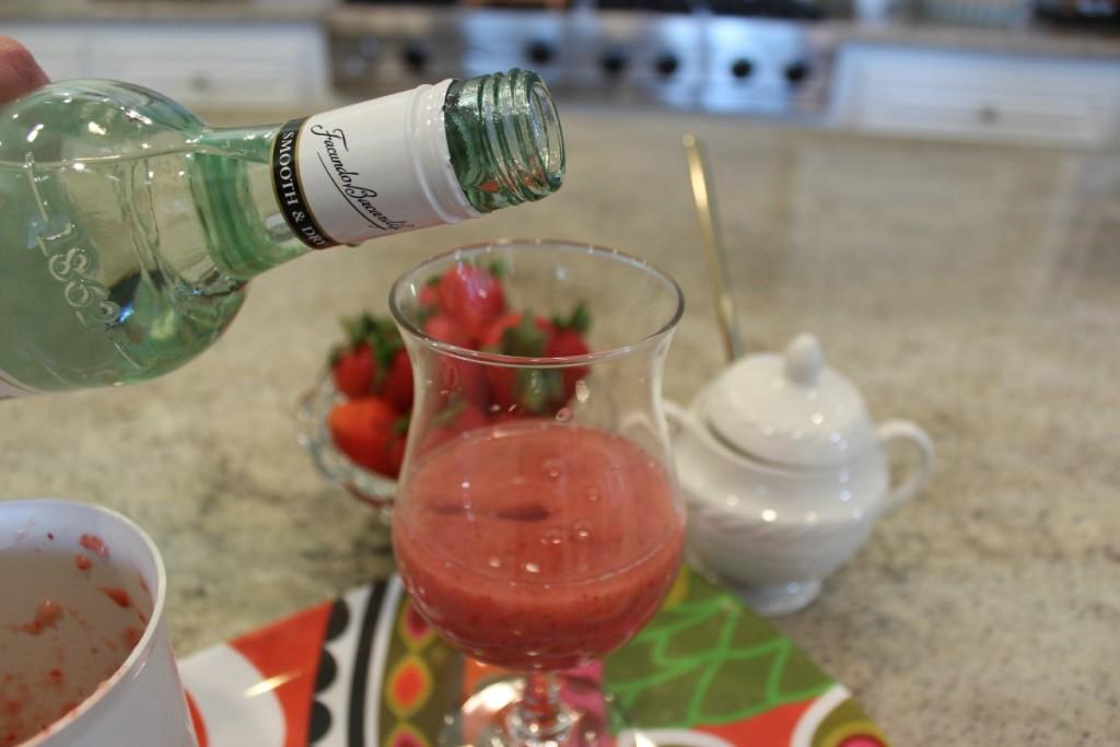 Healthy Strawberry Daiquiri 8