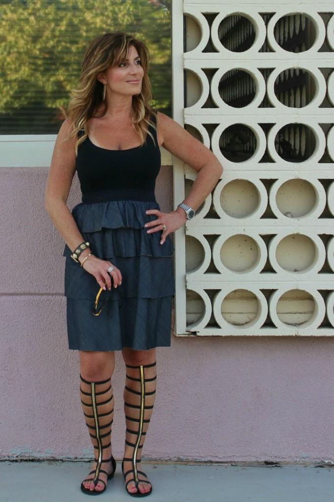Classic Denim and Black Theory dress Dita sunglasses black gladiators 4-01