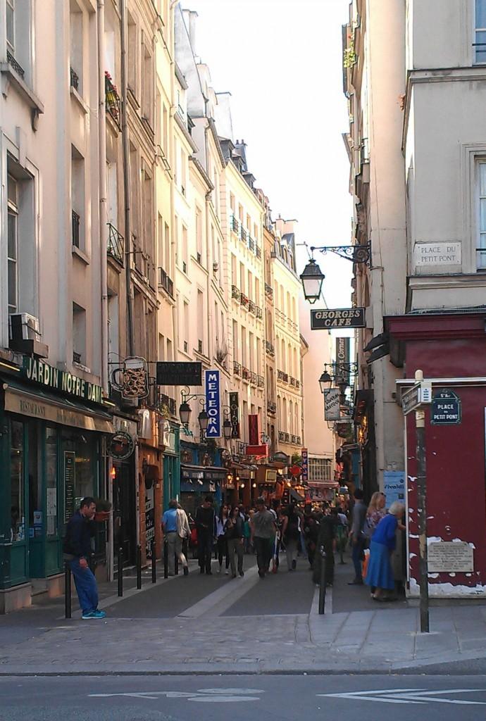 Greek Town in Paris The OP Life