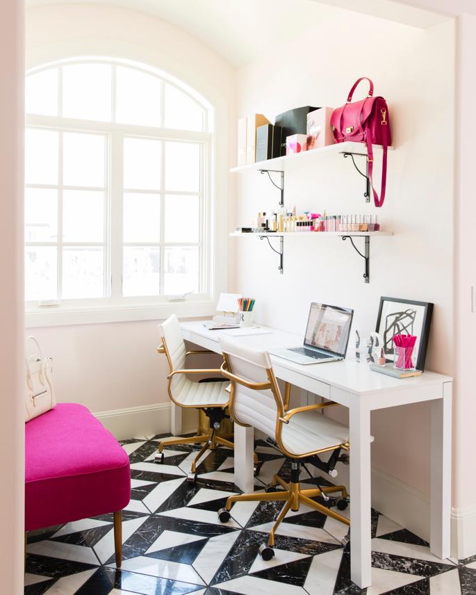 feminine-office-space-pink-peonies-30