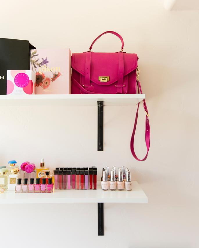feminine-office-space-pink-peonies-31