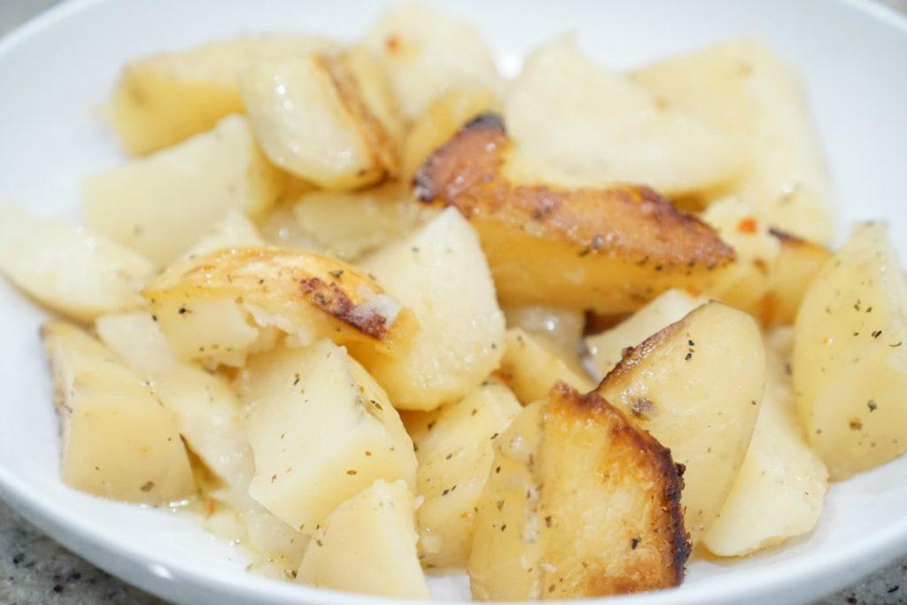 3-ingredient-crockpot-potatoes-theoplife-5